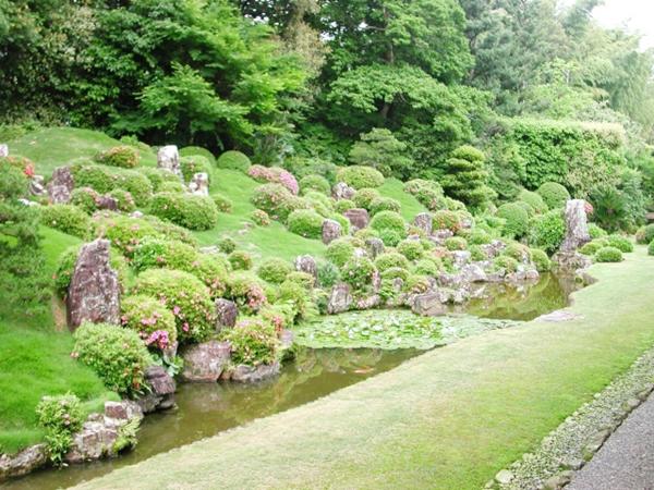 龍潭寺庭園 サツキ